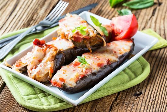 Баклажаны, запеченные в духовке с сыром: рецепты быстро