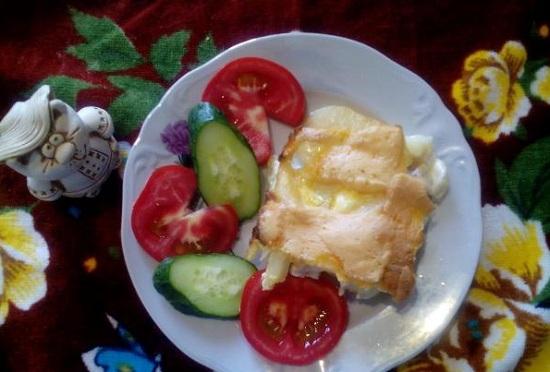 Мясо с картошкой и кабачками в духовке