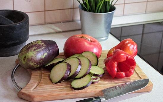 баклажаны и овощи