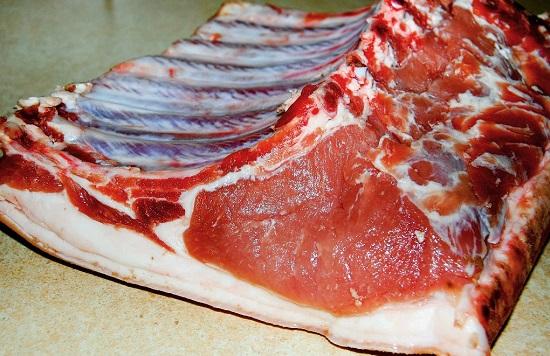 кусок свиного мяса