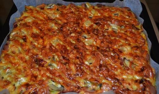 Пицца из кабачков в духовке: рецепт с грибочками