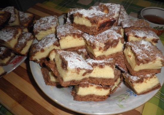 Пирог с творогом в духовке: рецепт