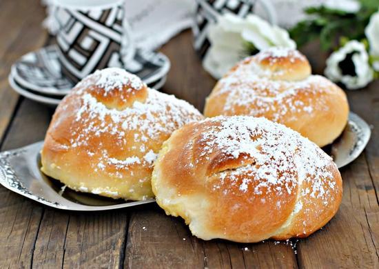 Рецепт булочек с сахаром в духовке на дрожжах