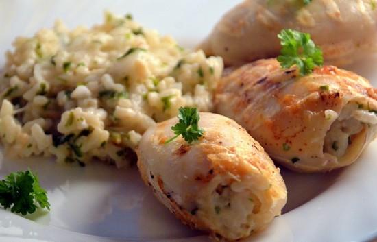 кальмары фаршированные рисом и яйцом