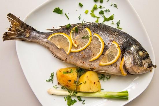 как готовить рыбу в духовке правильно и вкусно