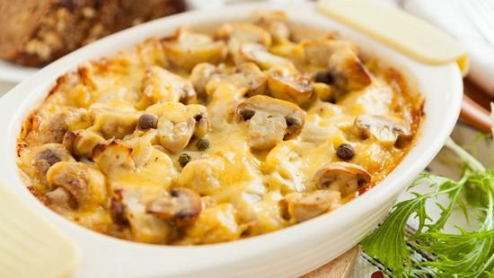 Как приготовить картофель с грибами в духовке?