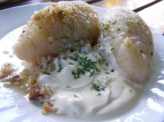 Цеппелины: картошка с салом в духовке