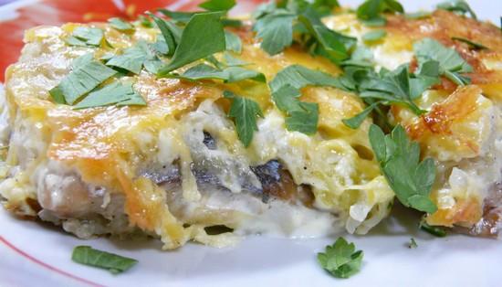 Кижуч в духовке: рецепт под сыром с рисом и кабачками