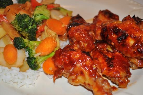 Ароматные крылышки в духовке с хрустящей корочкой: рецепт пошаговый