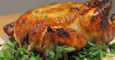 Как приготовить курицу с майонезом и чесноком в духовке?