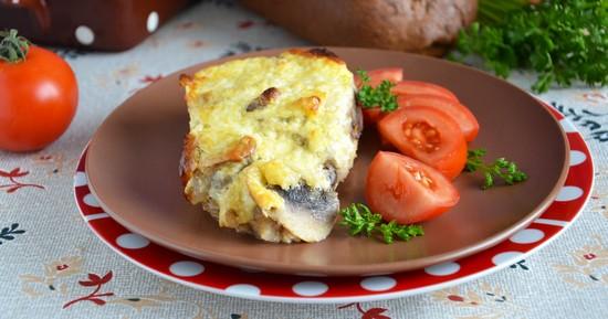 Свинина с картошкой и грибами в духовке
