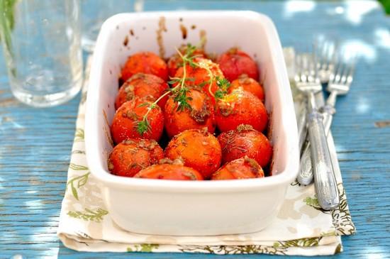Особенности запекания помидор в духовке
