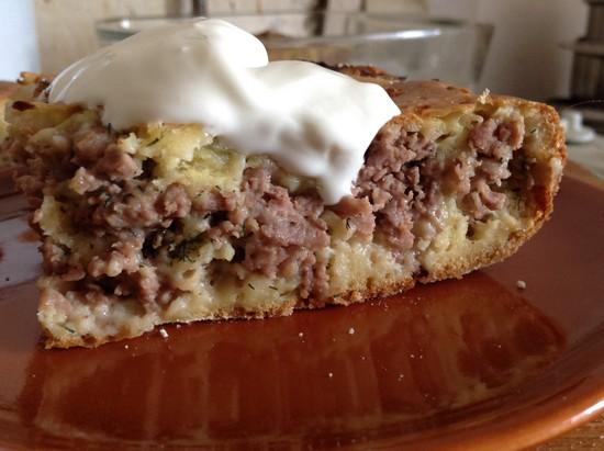Заливной пирог с фаршем в духовке: рецепт на скорую руку