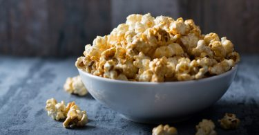 Можно ли готовить попкорн в духовке?