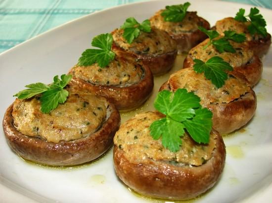 Фаршированные шампиньоны в духовке с фаршем: рецепт пошаговый