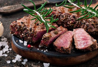 Получится ли вкусный стейк из говядины в духовке?