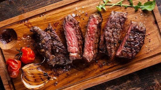 Как готовить стейк из говядины в духовке