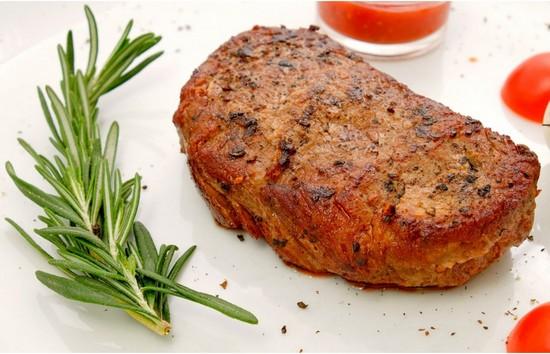Стейк из говядины в духовке: рецепт с пошаговым описанием