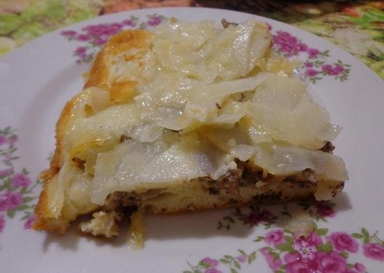 Пирог из рыбных консервов в духовке