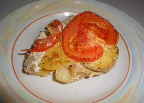 Картошка с куриным филе в духовке: рецепт