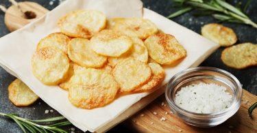 Чипсы в духовке: рецепт в домашних условиях