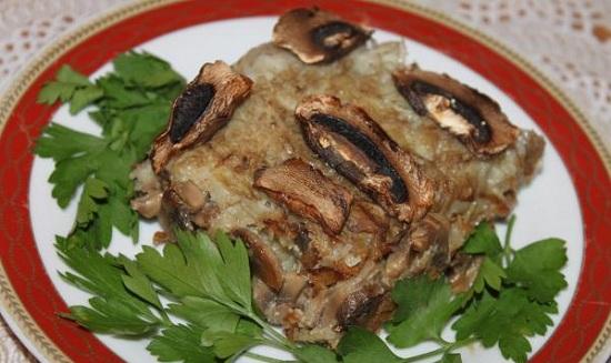«Бабка» картофельная в духовке: рецепт с грибочками