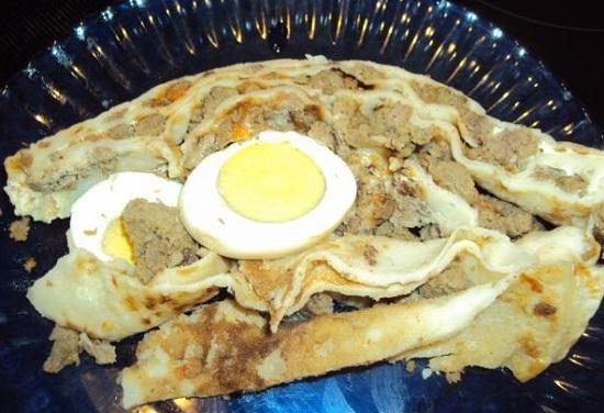 блинчики с начинкой из мяса и яиц