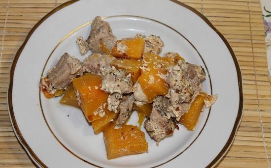 Мясо в тыкве в духовке: рецепт